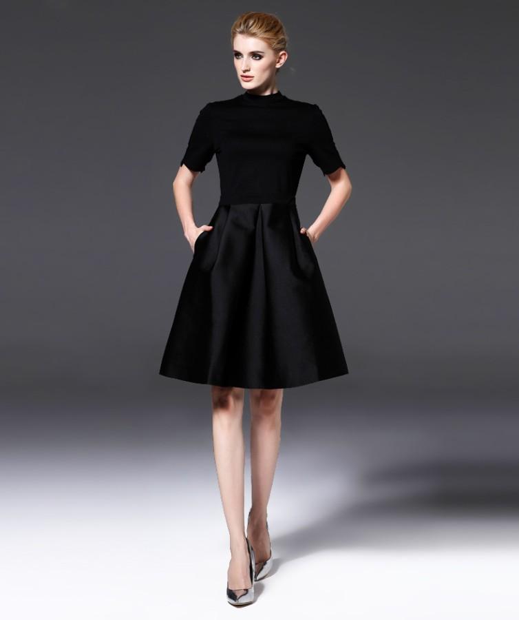 Juoda klasikinė suknelė M  (VIN1354_1)
